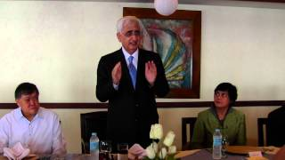 EAM speaking at lunch hosted in his honour by Ambassador at Yacht Club, Manila