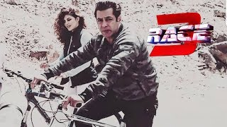 RACE 3: Salman Khan Spotted Chilling At Sumda Village, Ladakh | Cycle Ride | Jacqueline Fernandez