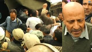 Legislator Rasheed protests against killings, asks Mehbooba Mufti to resign