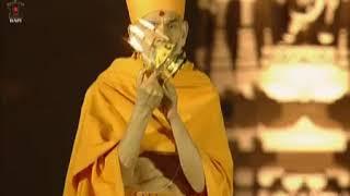Mystical atmosphere as PM Narendra Modi performs Arti at Akshardham Temple in Gandhinagar, Gujarat