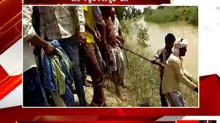 जालौन - नहर पार कर रहा किसान पानी में बहा - tv24