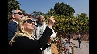 Kai Po Che...PM Modi gives some expert lessons on kite flying to his friend Benjamin Netanyahu!