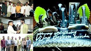 Vijay Devarakonda Birthday Celebrations With Fans   Vijay Devarakonda Birthday Special