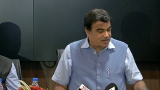 Shri Nitin Gadkari launches a nationwide scheme of driving training centre & highway helpline 1033