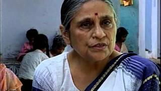 SEWA BANKING ON INDIAN WOMEN   FRENCH