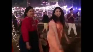 Madhuri Dixit & Renuka Sahane Dance On Lo Chali Me Song - Bucket List Film Set