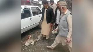 #CitizenJournalist Locals fill potholes themselves in Qamarwari Srinagar as govt has failed.