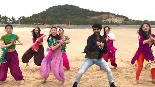 Chitiyan Kalaiyan Flash mob in China