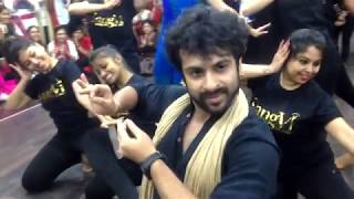 Super hit Bollywood workshop in Kolkatta at SangVi (Devesh Mirchandani)