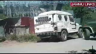 Terrorists bid to snatch weapons foiled in Kashmir