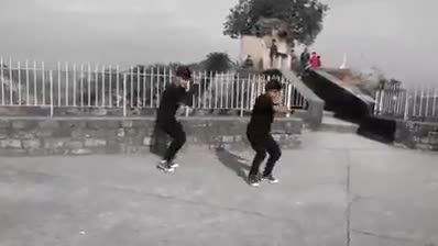 Awesome dance by Himachali Boys... Must Watch