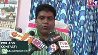 DELAY IN PAYMENTS AT TAHASILDAR OFFICE KHANAPUR TV11 NEWS 8TH APR 2017