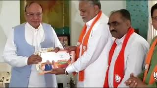 Shankersinh Vaghela criticises BJP during meeting with Parshottam Rupala