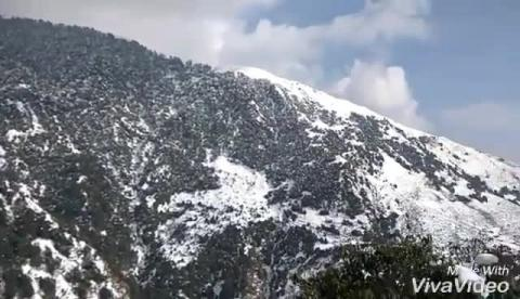 Welcome to Dharamshala, Enjoy the cold weather and mesmerizing views of Dhauladhar ranges