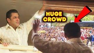 Inside Video - Salman Khan Waving His Fans From Balcony EID MUBARAK | Galaxy Apartment