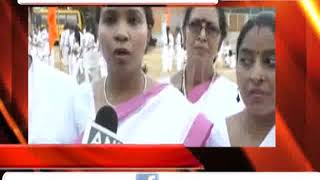 अलीगढ : हिन्दू महिलाओ ने आत्मरक्षा के लिए ली तलवारबाजी की ट्रेनिंग