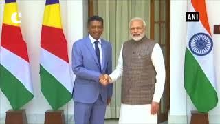 PM Modi meets Seychelles President Danny Faure