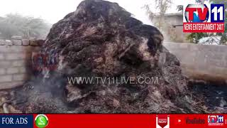 FIGHT BETWEEN TRS & TELENGANA CONGRESS PARTY   KRISHNAPURAM IN SURYAPET   Tv11 News   16-03-2018