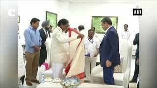 Telangana CM K Chandrashekhar Rao meets UAE Foreign Affairs Minister in Hyderabad