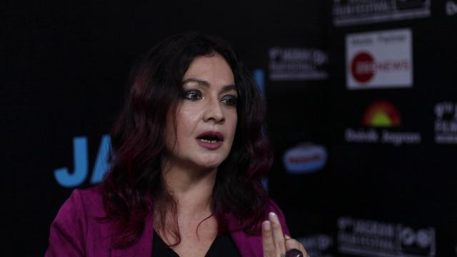 Bollywood actress Pooja Bhatt Interview at 9th Jagran Film Festival 2018 #JFF2018