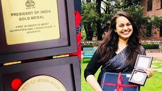 """""""RANK 1"""" Once Again: Tina Dabi (IAS Topper) Got President of India Gold Medal"""