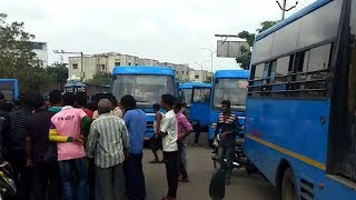 City bus driver was beaten by the public in Surat