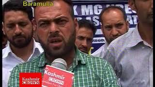 JK MGNAREGA Employees Demand Regulirization In Rural Development (Rezwan Mir)