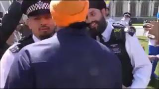Sikh's Protest Against Modi In London | Says Go back Modi | Modi is Killer - DT News
