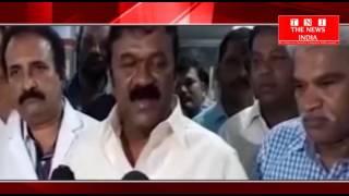 TELANGANA- राज्य के मंत्री टी श्रीनिवास ने गाँधी अस्पताल का दोरा किया बेड शिट बाटी