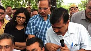 Delhi CM along with Minister and DCW Chief inspected Transit Camp , Anand Parbat