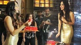 Kiara Advani Cutting Birthday Cake In Front Of Media | Grand Birthday Bash