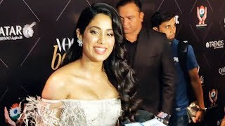 Gorgeous Janhvi Kapoor At Vogue Beauty Awards 2018 | Red Carpet