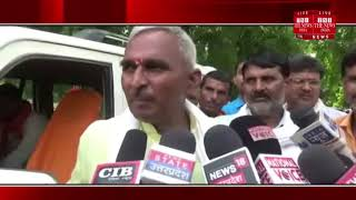Ballia News ] BJP legislator Surendra Singh sitting on dharna in support of angry teachers in Ballia