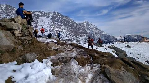 Snow at Triund - Dharamshala