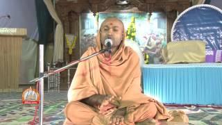 Yuva Seminar By Yogeshvar swami At Bal Yuva Mahotsav Sardhar 2015