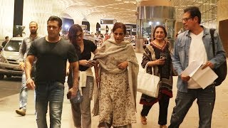 Salman Khan With Mother, Jija Atul Agnihotri And Sister Alvira Spotted At Airport, MALTA | BHARAT