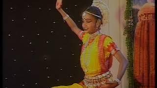 "Odissi Dance ନଵ ଦୂର୍ଗା...""By: Ananya Kundu - Anugul."