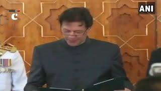 Imran Khan takes oath as Pakistan's 22nd Prime Minister; Navjyot Singh Sidhu arrived