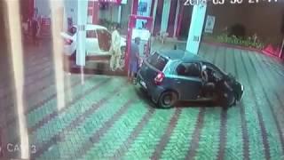 CCTV : Petrol pump loot IN kapurthala | JanSangathan Tv