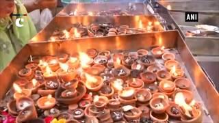 "Devotees offer prayers on last Monday of ""Sawan"""
