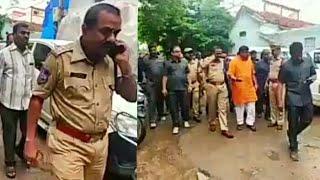 गौरक्षा को लेकर अपनी माँगो पर आमरण अनशन पर बैठे विधायक टाइगर राजा सिंह को पुलिस ने किया गिरफ्तार