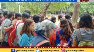 xt xaviers' 100 students detain by clg Ahmedabad