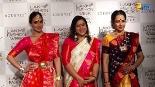 Hema Malini & Esha Deol Walking The Ramp In Traditional - Lakme Fashion Week 2018