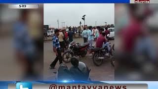 turbulence between leaders of truck strike in Kutch