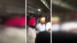 Sukhpal Singh Khaira & Simarjeet Singh bains Protest in punjab vidhan sabha session