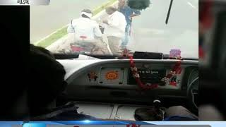 traffic police caught doing curruption in Gondal