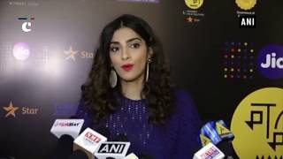 Young generation should read more books: Sonam Kapoor