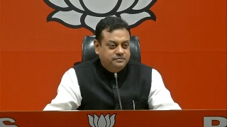 It seems Kingfisher Airlines wasn't owned by Mallya but by Gandhi family through proxy: Sambit Patra