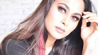 SMOKEY EYE MAKEUP TUTORIAL| HUDA BEAUTY
