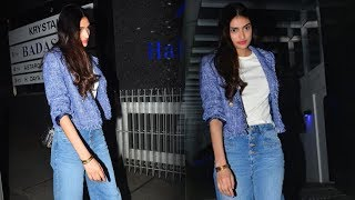 Athiya Shetty Spotted At Her Favorite Restaurant HAKKASAN For Dinner
